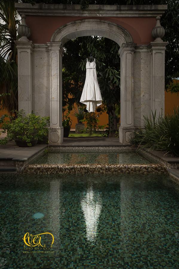 Hotel los abolengos casona tequila jalisco hacienda weddings bride dress
