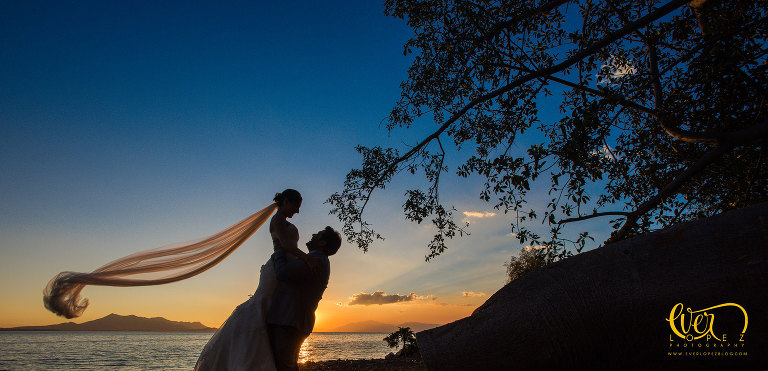 punta de mita wedding photography Ever Lopez