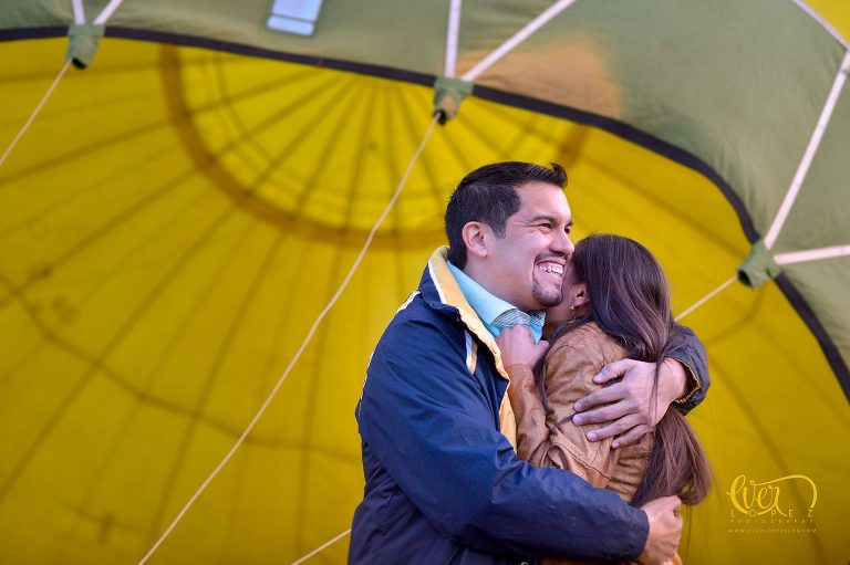 Hot Air Balloon engagement pre wedding photography. Tequila wedding photographer